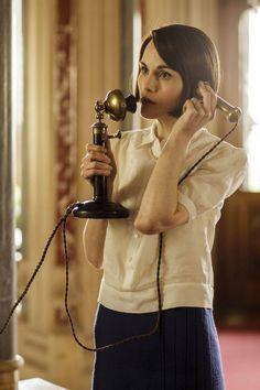 Lady Mary Crawley - Michelle Dockery in Downton Abbey Season 6. Costume Designer: Anna Robbins