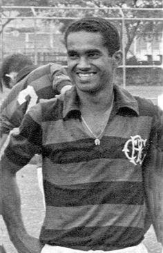 Fefeu - 1965 - atacante de Niterói, defendeu o Mengo entre 64 e 66. Marcou 21 gols em 61 jogos