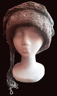 MUSEUM 1920's Beaded Cloche Hat with FRINGE Tassle - GLAMOUROUS !!!