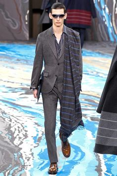 Louis Vuitton Fall 2014 Menswear - Collection - Gallery - Look 1 - Style.com