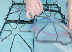 Решетки на газовой плите будут сверкать от чистоты, стоит лишь воспользоваться этим трюком!
