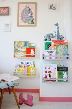 mommo design: bekvam book shelves      a Bekvam is tök jó.