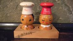 Salty and Peppy Wooden Shakers Wood Shakers by FieldstoneGifts Vintage Kitchen Accessories, Salt Box, Salt And Pepper Set, Vintage Holiday, Salt Pepper Shakers, Vintage Glassware, Kitsch, Vintage Decor, Chefs