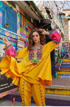 Elegant Dresses For Women, Eid Collection, Pakistani Outfits, Kurtis, Lawn, Ready To Wear, Shabby Chic, Dress Up, Artsy