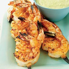 Juicy Shrimp with Roasted Chile and Avocado Sauce -                 For the best results for this grilled shrimp recipe, you'll need bamboo skewers that are soaked in water for at least 30 minutes so they won't burn. For evenly-cooked shrimp, choose shrimp that are close to the same size so that you can nestle them on the skewers with no empty spaces between them