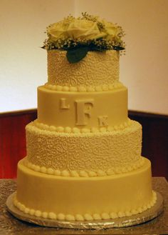4 Tiered Round Wedding Cake White Lacy Detail On 2 Tiers Makes A Soft Contrast Medford OregonTier