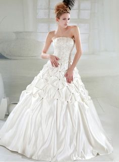 2012 Intricately Beaded Princess Style Wedding Dress. this is the one!!