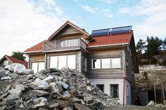 Drømmehuset er miljøvennlig fra innerst til ytterst. Det har økt verdien på boligen. I tillegg sparer familien strømutgifter på varmepumpe og ekstra isolasjon.
