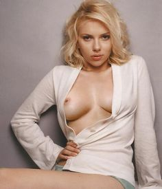 Late Night Special. Scarlett is Sexy.
