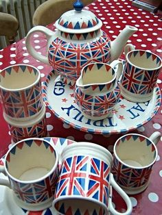 Emma Bridgewater Union Jack Tea Set ***Yes Please***                                                                                                                                                                                 More
