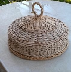 wicker pie cover