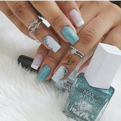 Pin by Priscilla Eichenbaum on Nails in 2020 Classy Nails, Stylish Nails, Simple Nails, Trendy Nails, Acrylic Nail Designs Glitter, Fall Acrylic Nails, Pastel Pink Nails, Blue Nails, Gel Uv Nails