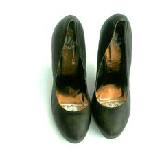 Miss Me Heels Gorgeous brown Miss Me heels. Great condition no visible flaws than images posted. Miss Me Shoes Heels