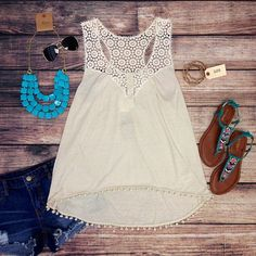 Cute white summer outfit.