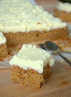 Carrot Cake Recipe Really nice recipes. Every hour. Just Desserts, Delicious Desserts, Yummy Food, Baking Recipes, Cake Recipes, Dessert Recipes, Bagan, Cake Bites, Different Cakes