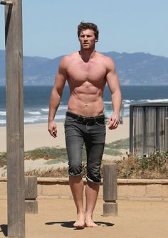 1000  Images About Derek Theler On Pinterest Baby
