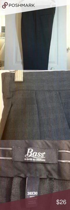 "Men's Bass Double Pleated Slacks Men's Bass Grey Check Cuffed Double Pleated Slacks Length 30"" Bass Pants"