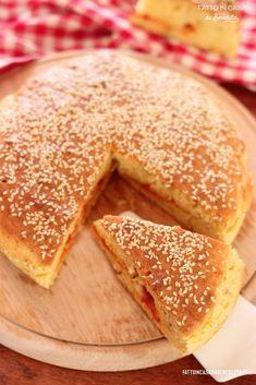 Pizza Rustica, Italy Food, Apple Pie, Cornbread, Food And Drink, Mozzarella, Pizza Vegetariana, Baking, Ethnic Recipes