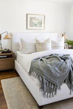 Dream Bedroom, Home Bedroom, Bedroom Decor, Master Bedroom, Magnolia Room, Magnolia Bedroom Ideas, Apartment Decoration, Loft, Bedroom Inspo