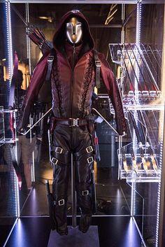 Arsenal's suit #Arrow #Sara