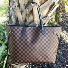 Get it quick!! Louis Vuitton Neverfull GM NOW AVAILABLE to purchase on www.mymoshposh.com!