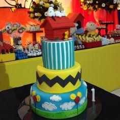 """Marikota Festas no Instagram: """"O bolo! @cupcakesdabianca mais uma vez, perfeito…"""
