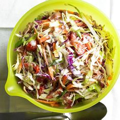 Creamy BLT Coleslaw ingredients 4 slices bacon 1 cup mayonnaise or salad dressing 2 tablespoons red wine vinegar 2 teaspoons sugar 5 cups coleslaw 1/2 cup quartered cherry tomatoes Salt Ground black pepper