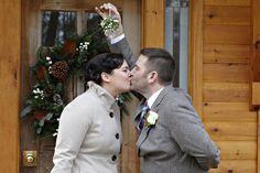 Meet me under the mistletoe at The Little Log Wedding Chapel in Niagara. Perfect for winter weddings elopements