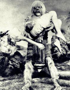 Le monstre et la dame.16