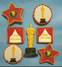 Mama is so proud to post these custom Oscar Award cookies that were sent off to LA for a pre Oscar event.  Good luck to all of those nominated.  Mama will be watching while enjoying a few Oscar cookies she created for herself.   #Oscars #Oscars2016 #customcookies #mamascustomcookies