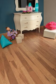 Mirage Floors, the world's finest and best hardwood floors. Hickory Sierra #hickory #sierra #mirage #hardwood #floor #girly #girlroom