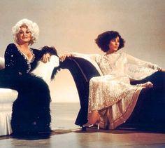 Cher and Dolly Parton Dolly Parton Pics, Cher Bono, Hello Dolly, Vogue Magazine, Music Icon, Fashion Books, American Singers, Rock, Country Music