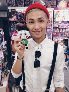 BTS RAPMONSTER CUTE in Japan (Twitter update) He looks like a very cute, handsome elf!!!