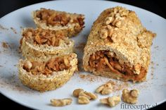 If you like easy fitness recipes, you will certainly love this healthy fitness apple oatmeal strudel without flour and added fat. Raw Food Recipes, Sweet Recipes, Healthy Recipes, Healthy Deserts, Healthy Sweets, Desserts Sains, Apple Oatmeal, Calories, Granola