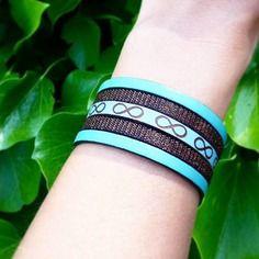 Bracelet manchette cuir bleu infini