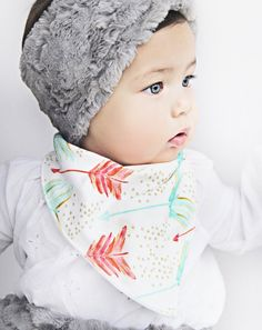 Organic mint and coral Baby bandana bib. Hipster Bibdana baby girl  This is such a cute look and would be a great assessor for your photoshoot!