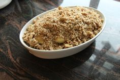 Smuldrepai med epler - krem.no Oatmeal, Food And Drink, Baking, Breakfast, The Oatmeal, Morning Coffee, Rolled Oats, Bakken, Backen