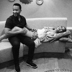 Musician John Legend & Model Chrissy Teigen are expecting!!!