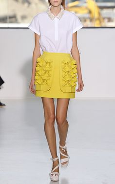NY Fashion Week, preorder Delpozo Spring 2015 Trunkshow Look 22 - Optical White Cotton Poplin Top and Lemon Yellow Double Paper Twill Skirt