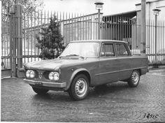 Automobile, Alfa Romeo Gtv, 1960s Cars, Classic Cars, Vehicles, Design, June 24, Car, Vintage Classic Cars