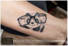 Some panda tattoos for women are usually delicate, fun and tender, these characteristics are what determine to be used by girls. Mini Tattoos, Trendy Tattoos, Love Tattoos, Unique Tattoos, Body Art Tattoos, Small Tattoos, Tattoos For Women, Tatoos, Back Tattoo
