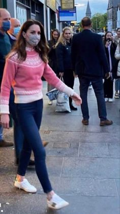 Kate Middleton Family, Looks Kate Middleton, Kate Middleton Dress, Prince William And Catherine, William Kate, Duchess Kate, Duchess Of Cambridge, George Et Charlotte, Diana Williams