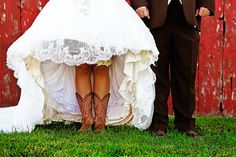 Cowboy boots + wedding dress= BONUS! Love it