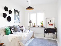 Hervorragend Beautiful Functionalist Apartment. Kleines SchlafzimmerWohnzimmer Ideen SchreibtischZuhauseErsatzraum ...