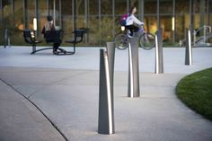 35 Collection Guide Bollard #landscapeforms #urban #outdoorfurniture #sitefurniture    More info at: http://www.landscapeforms.com/en-us/products/pages/35-Collection.aspx
