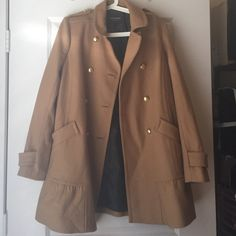 Juicy couture trench coat Perfect fall coat, great for any occasion. Super thick and warm Juicy Couture Jackets & Coats