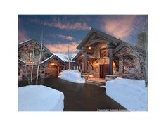 Extraordinary mountain masterpiece captures the true essence of Colorado. 5 BED   6.5 BATH Privately situated on large parcel with captivating views of the Breckenridge Ski Area. $3,765,000