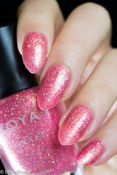 Zoya Zooey from the Seashell Collection for Summer 2016. http://www.blingfinger.net/2016/05/zoya-seashell-collection.html