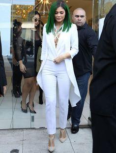 Top 10 Looks da Semana Business Attire, Business Fashion, Kylie Jenner Look, Kardashian Jenner, Celebs, Celebrities, Ideias Fashion, Celebrity Style, Green Hair