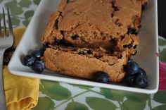 Blueberry spelt bread (make into muffins, cut down the time!) #vegan #treat